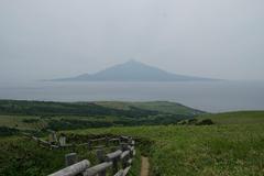 P1571利尻山