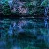 静寂な湖面