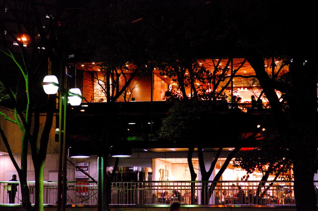 オフィス街の夜