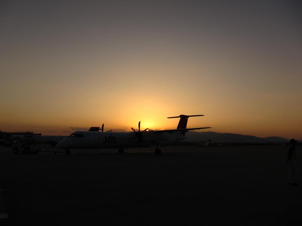 空港のトワイライト