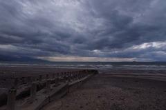 海に伸びる桟橋跡
