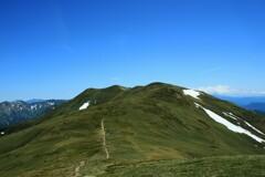 初夏の稜線歩き