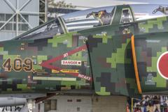 岐阜基地航空祭-f-4ファントム地上展示