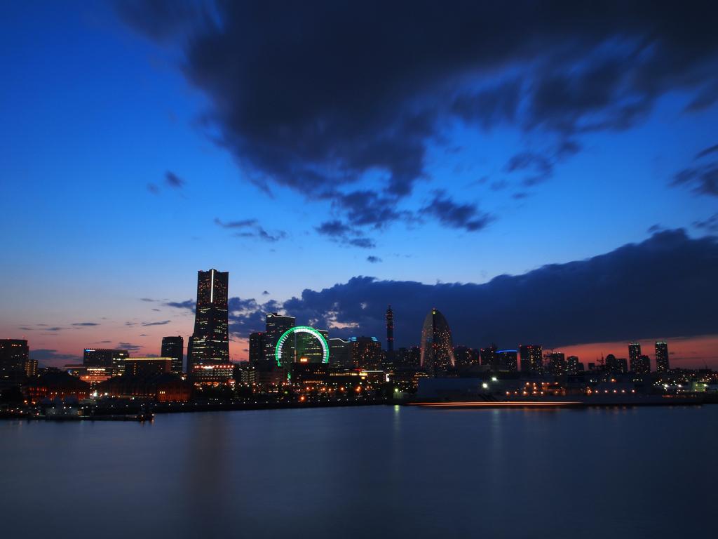 夜待つ横浜