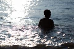 海を見に行こう -大きくなった背中