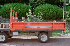 赤い運搬車