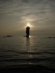 ロウソク島