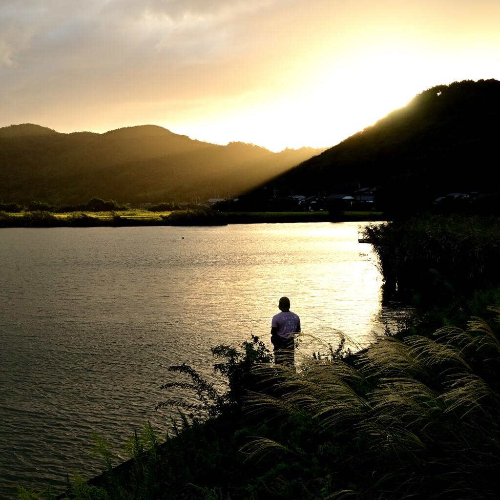 秋の西湖 夕日1