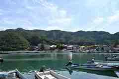 山間の漁村1