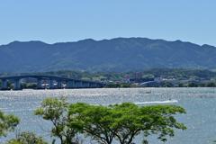 初夏の琵琶湖畔