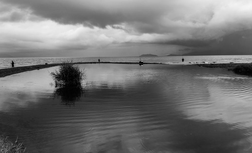 小雨の琵琶湖畔2