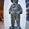 マドロス少年の銅像