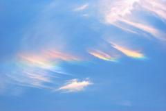 虹色の雲 : 彩雲
