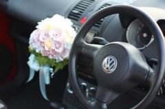 VWマークとブーケ