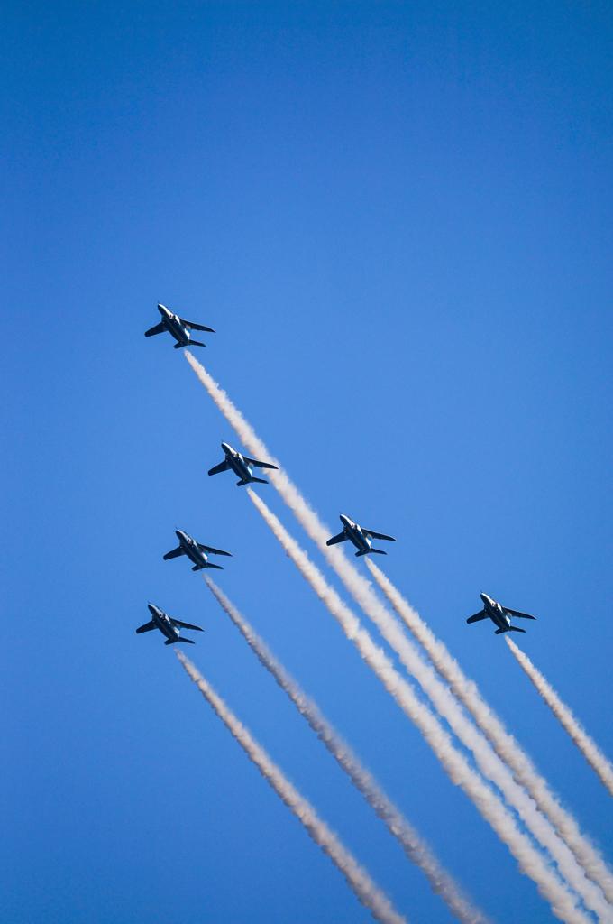 SAYONARA国立競技場 ブルーインパルス展示飛行_06