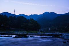 山の夕暮れ時