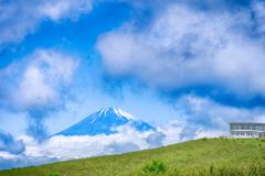 富士山と十国峠駅