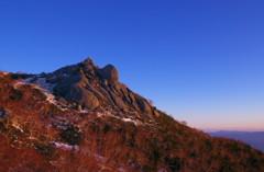 凍てつく鳳凰の峰で 5