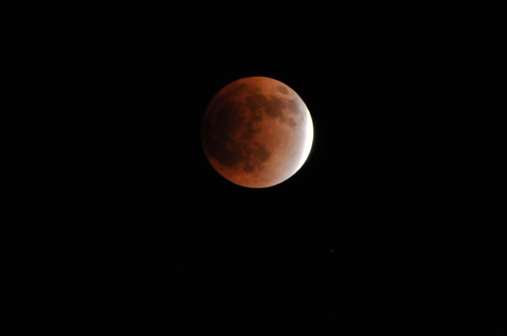 チャレンジ 2011皆既月食撮影