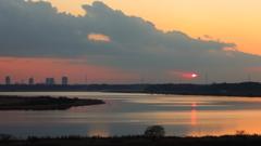 印旛沼・夕景 - シャイな夕陽 -