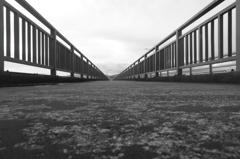 前略…橋の上より