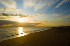 空の色 雲の色 渚の色