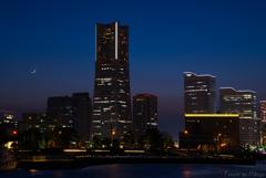 Crescent Moon Yokohama