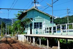 歴史を刻む駅