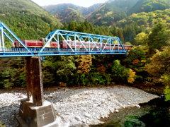 秋の渡良瀬渓谷