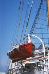 日本丸のボート