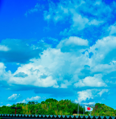 青空と日の丸と