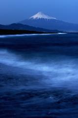 闇入りの海岸