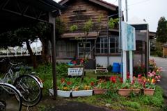 小さな駅舎