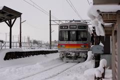 雪の日もfighting電車君