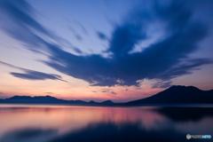 夜明けのバード雲