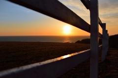 柵越の夕日