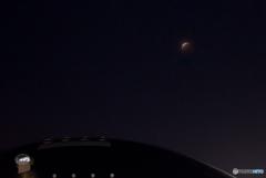 札幌ドームと月食