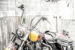 傷だらけの古バイク