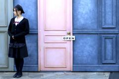 ピンクの扉
