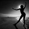 海と太陽とバレエダンサー