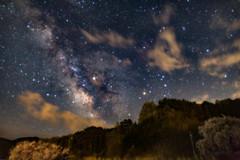 里山の夜空
