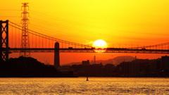 夕陽の海峡