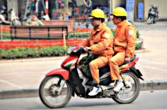 ninjinのハノイ街ある記 バイクふたり乗り3