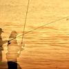 春の海 釣り師残影