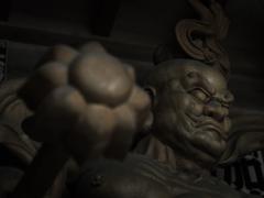 金剛杵の漢 - 吽