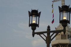 灯台を照らす灯り