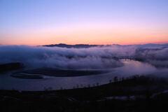 朝焼けと信濃川
