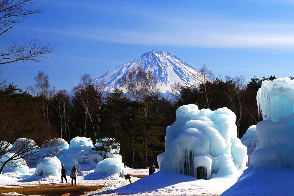 富士の裾野にモンスター IMGP1918zz