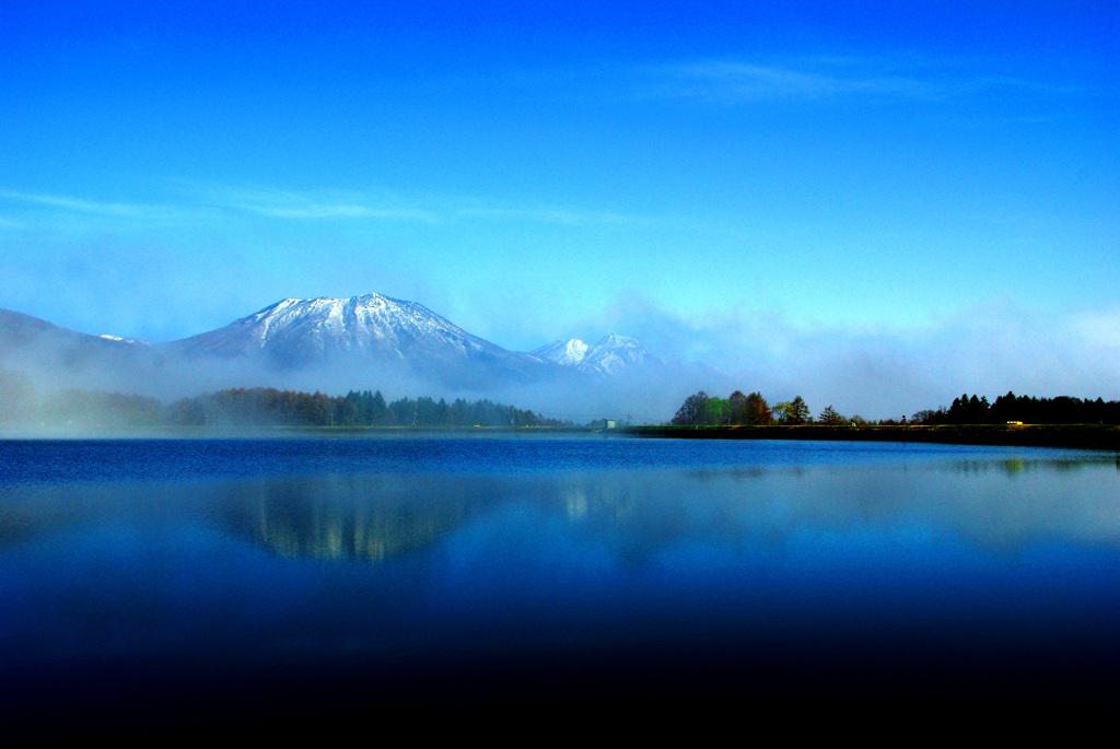 朝靄かかる霊仙寺湖 IMGP1176zz