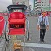 浅草観光に大活躍。人力車。